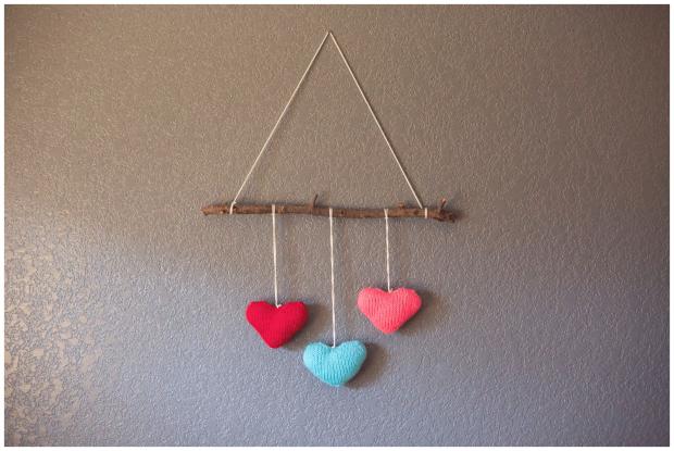 khaki-and-chrome-make-it-monday-heart-wall-hanging